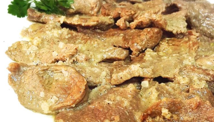 شرحات لحم مطفاية بالثوم