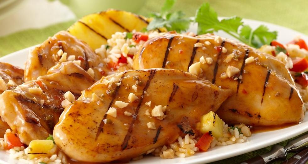 طريقة عمل الدجاج الصيني بالكاجو والأناناس