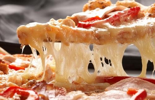 اسهل طريقة لـ تسخين البيتزا أوالفطائر بدن ميكرويف