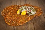 طريقة عمل اللحم بعجين على الطريقة السورية