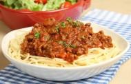 طريقة عمل مكرونة الطماطم واللحم