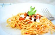 طريقة عمل المكرونة بالطماطم والجبن
