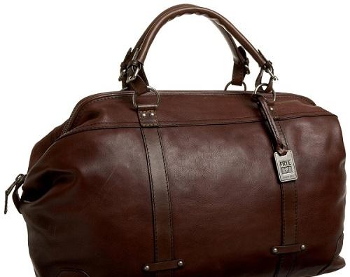 تنظيف حقيبة السفر