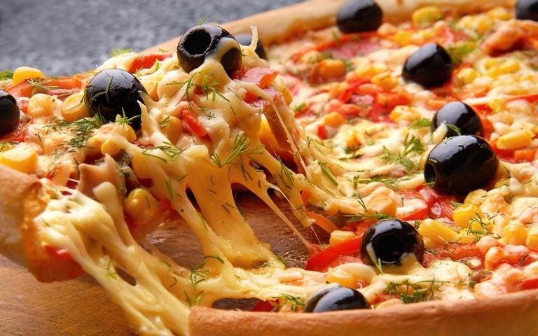بيتزا الذرة