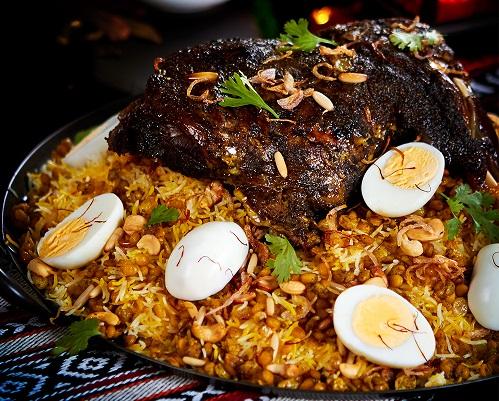 طريقة عمل الخروف مع ارز الاوزي