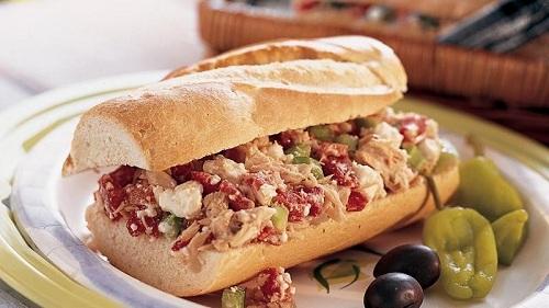 طريقة عمل ساندويتش التونا بالمايونيز