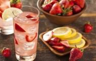 طريقة عمل شراب الليمون والفراولة