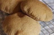 طريقة عمل الخبز السوري الاسمر