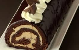 سويسرول بالشوكولا والبوظة