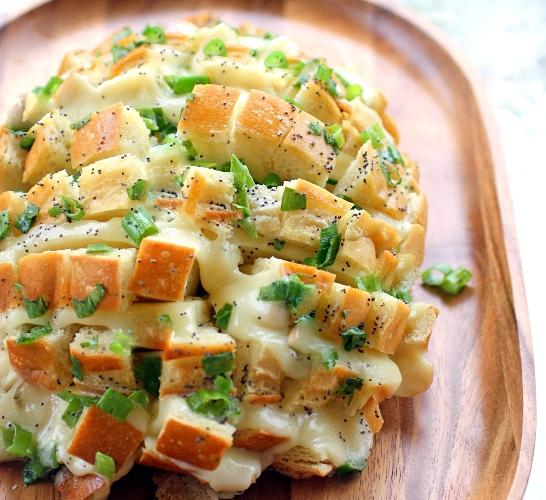 طريقة عمل قالب الخبز بالجبنة