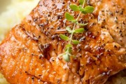 طريقة عمل سمك السلمون مع الارز