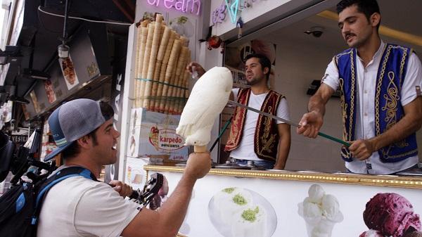 بائع البوظة في تركيا