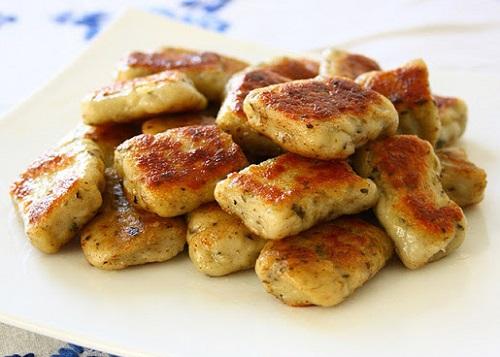 كرات البطاطا المقلية