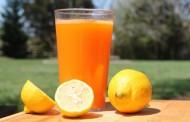 طريقة عمل عصير الليمون والبرتقال
