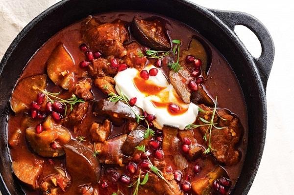 طريقة طبخ بيض الغنم بدبس الرمان