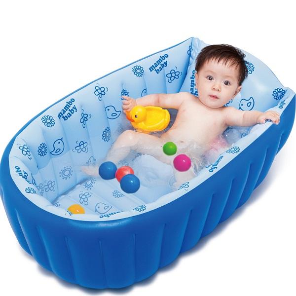 تنظيف حوض سباحة الطفل