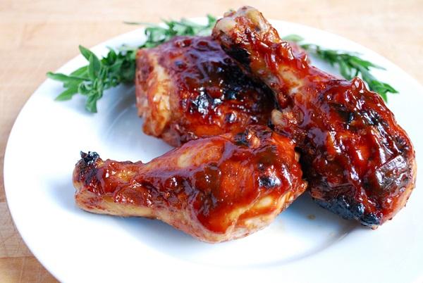 طريقة عمل دجاج مشوي بصوص الباربكيو