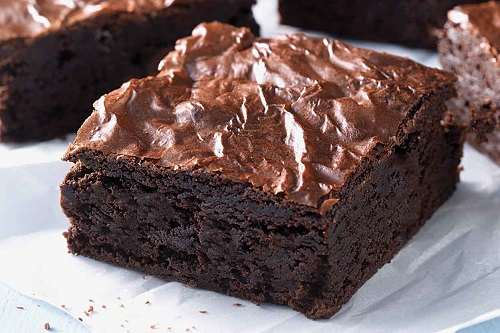 براونيز الشوكولاتة سهل بالصور