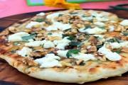 طريقة عمل بيتزا بجبنة الماعز