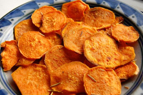 شيبس البطاطا الحلوة  المقرمشة
