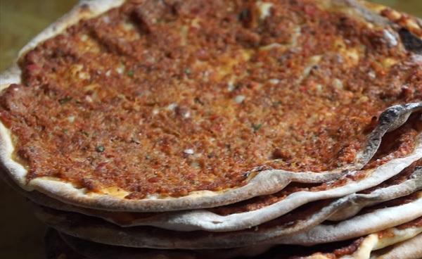 لحم بعجين تركي