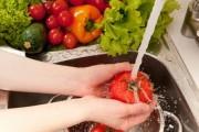تنظيف الفواكه والخضروات من المبيدات