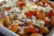 بيتزا المكرونة الشهية بالجبن