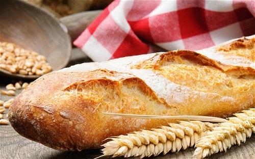خبز الباجيت الفرنسي بالصور