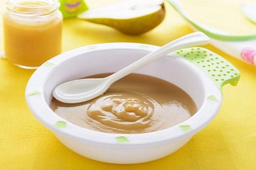 بوريه الكمثرى والبطاطا الحلوة للاطفال