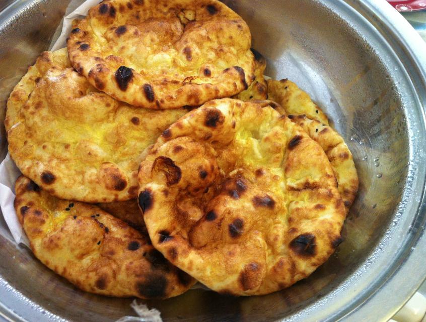 خبز خمير اماراتي بالزيت على الطريقة الاصلية