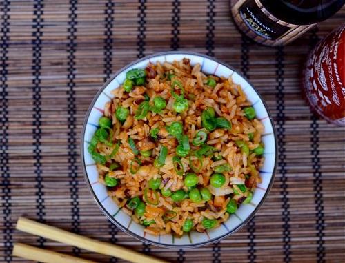 الرز الصيني بالدجاج