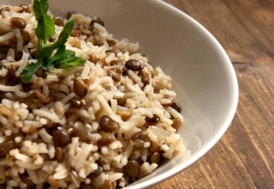 طريقة عمل مجدرة الرز والعدس