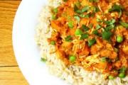 دجاج بالكاري وحليب جوز الهند الهندي