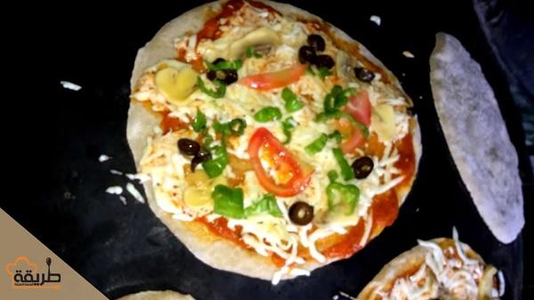 بيتزا على الصاج بالطريقة لسورية