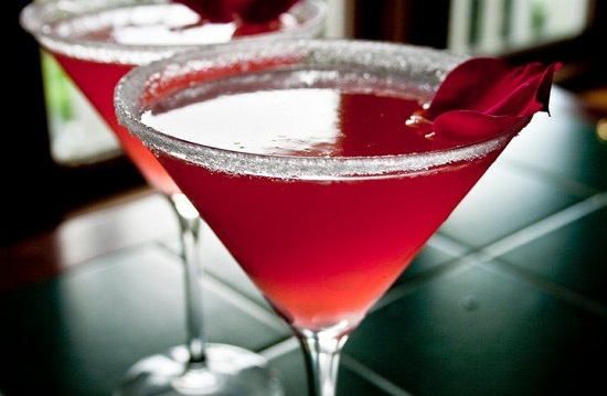 طريقة عمل شراب الورد والليمون