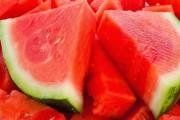 كيف تعرف البطيخة الحمراء من البيضاء