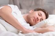 انواع اكل يساعد على النوم العميق