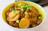 صينية البطاطس باللحمة المفرومة بالفرن