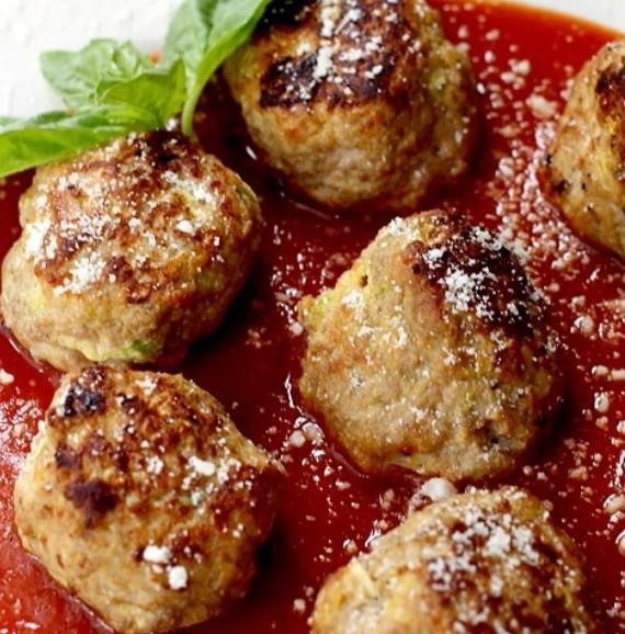 كرات الكوسا بصلصة الطماطم وصفة جديدة