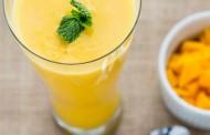 عصير لاسي الهندي بالمانجو على اصوله