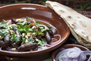 نقانق بدبس الرمان على الطريقة اللبنانية
