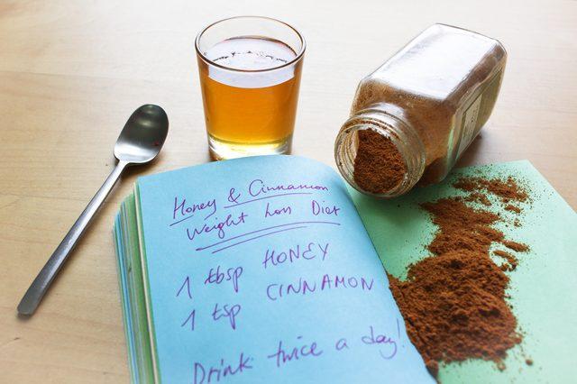 القرفه بالعسل لانقاص الوزن