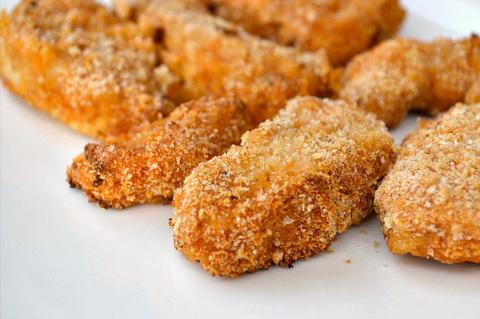 طريقة عمل ناجتس الدجاج الجاهز الطبق المفضل للاطفال