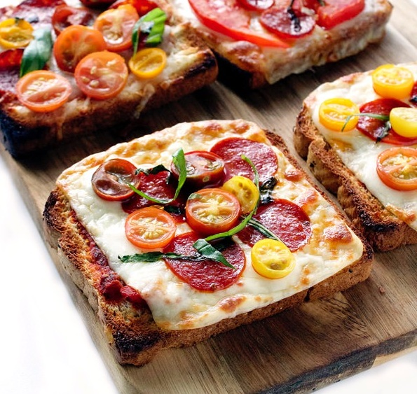 بيتزا بدون عجين