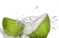 فوائد ماء جوز الهند للبشرة و للشعر