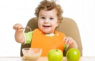 ماهو اول طعام للطفل الرضيع مع الحليب