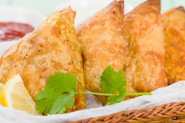 سمبوسة لحم مفروم من المطبخ الافغاني