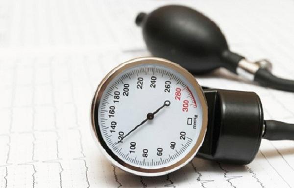 ارتفاع ضغط الدم وعلاجه