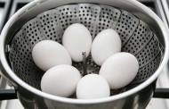طريقة تبخير البيض بدل السلق