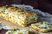 طريقة عمل خبز بالثوم والجبن بيتزا هت